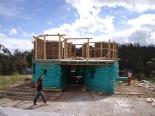 Superadobe dom v Ekvadore