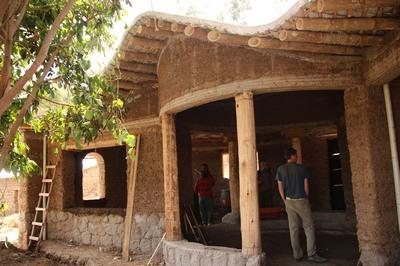 cob a daub styl domu v ekvadore