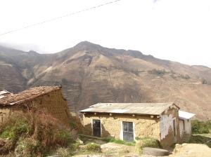 adobe domy v peru huaraz